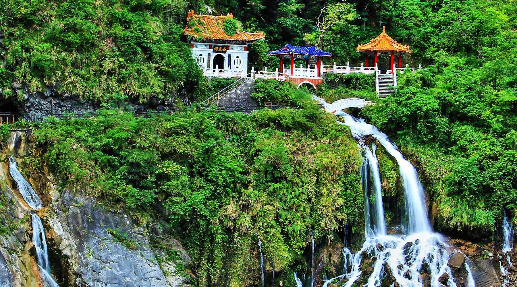 Du lịch Đài Loan ăn chơi ở đâu?