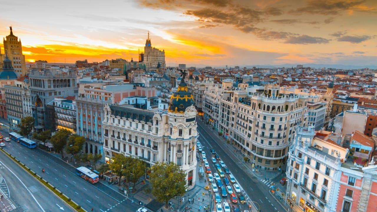 Top 10 địa điểm tuyệt đẹp khi du lịch Tây Ban Nha