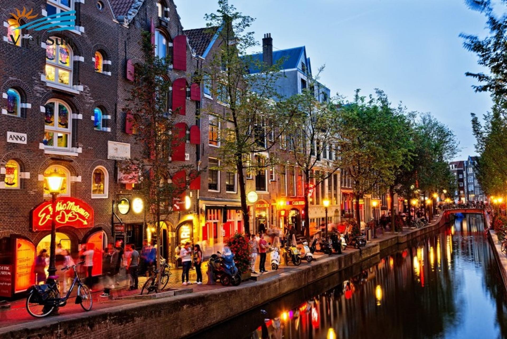 Top 10 địa danh đẹp nhất Hà Lan